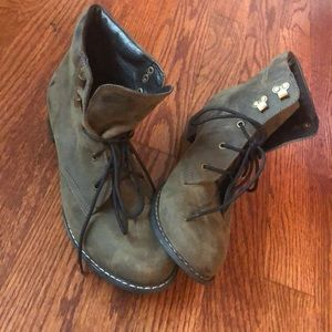 Bebe army green booties- leather